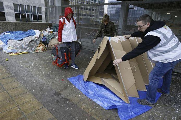 Brusselse daklozen kunnen de komende dagen rekenen op speciale kartonnen schuilplaatsen.
