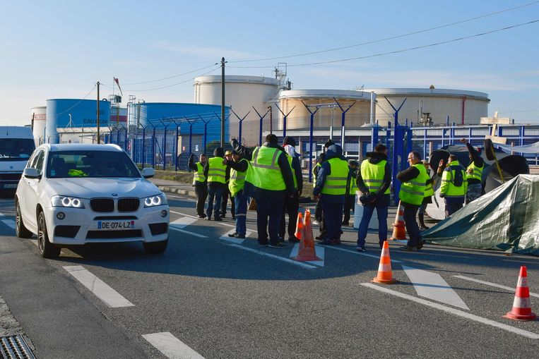 Blokkade bij een benzinedepot in de buurt van Toulouse.