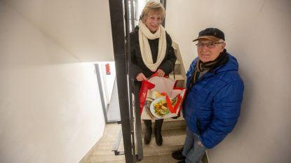 Bewoners Oeverbeemd starten petitie om herstelling van liften te vragen
