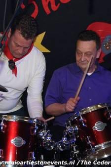Jan (74) stopt na hartstilstand bij populaire Bossche rockband: 'Ik heb veel geluk gehad'