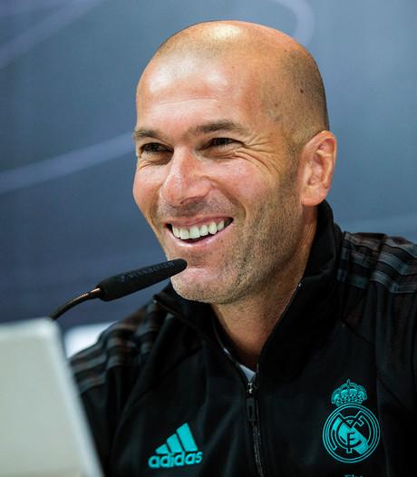 Zidane verlengt zijn contract bij Real Madrid