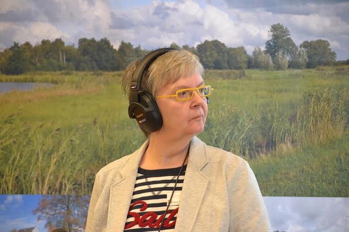 Radiopresentatrice Ria van Hien bezoekt deze zomer met Ria@Zomertour de toeristische plekken in Steenwijkerland.