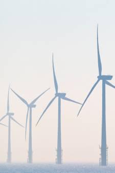 Windturbines in Duiven weer stap dichterbij: verzoek om uitstel van PvdA haalde het niet