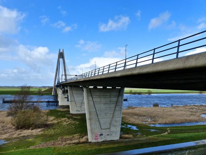 De Eilandbrug bij Kampen