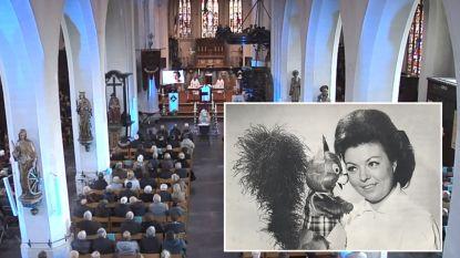 Vlaanderen neemt massaal afscheid van icoon 'Tante Terry'