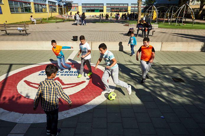 Archieffoto van OBS het Startblok in Schiedam. Op de basisschool zijn drie coronabesmettingen geconstateerd.