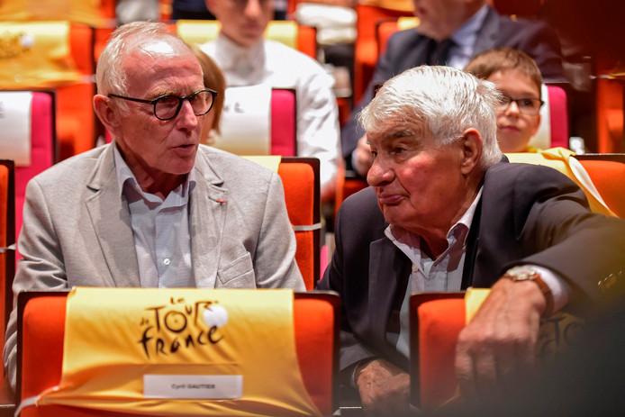 Joop Zoetemelk (links) afgelopen najaar in Parijs bij de presentatie van het parcours van de Ronde van Frankrijk 2018. Zoetemelk komt met Pasen naar Deventer tijdens de Ronde van Vedett.