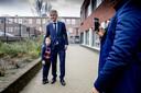 PVV-leider Geert Wilders bracht in basisschool De Meerpaal zijn stem uit voor de Provinciale Statenverkiezingen en het waterschap.