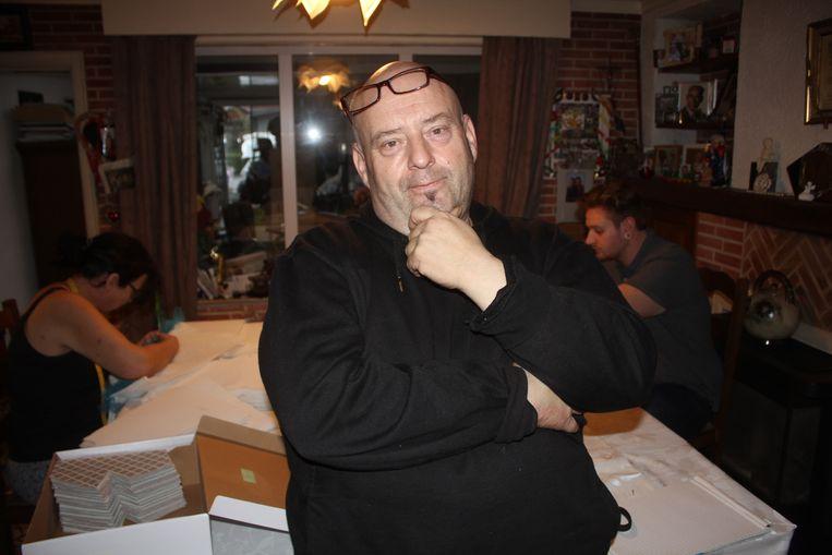 Michel Heck van AKV Wadesdavoriet uit zijn ongenoegen over de kaartenverkoop.