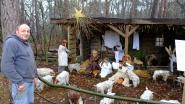 Houten trollen beelden kerstverhaal uit
