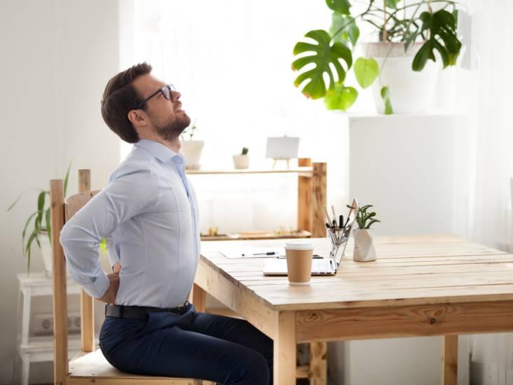 Last van je nek of schouders door het thuiswerken? De fysio komt virtueel naar je toe