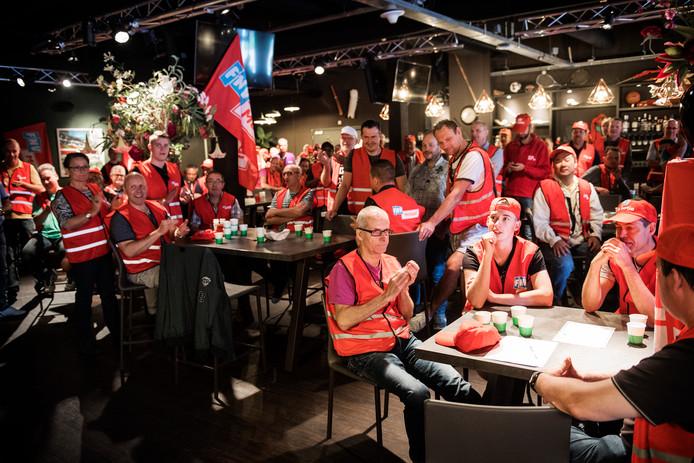 Stakende metaalwerkers in Nijmegen.