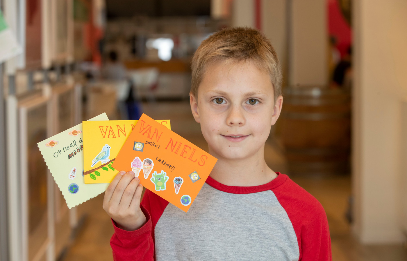 Niels van Popering heeft zelfs drie ansichtkaarten gemaakt.