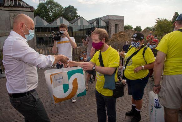 Colruyt Group Academy schenkt 50.000 mondmaskers aan Special Olympics.