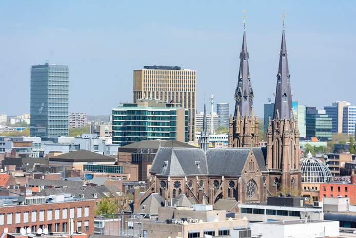 Eindhoven wil de regels aanpassen waardoor meer hoogbouw mogelijk wordt.