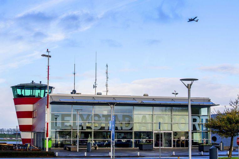 De verkeerstoren van Lelystad Airport. Beeld ANP