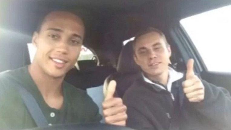 Gino van Kessel (links) en de zwerver Beeld Instagram