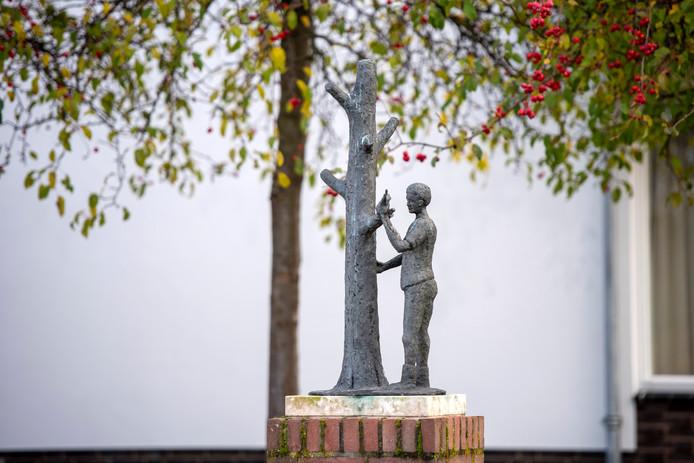 'De Enter' in Gendt is een van de beelden die werden geplaatst tijdens het burgemeesterschap van Harry Lichtenberg.