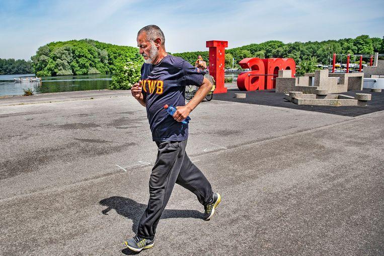 Volgens de Atletiekunie rennen zeker één miljoen mensen enkele keren per week.   Beeld Guus Dubbelman / de Volkskrant
