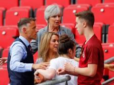 Neville blijft kalm ondanks hitte, blessure en ziekte: 'De bal zal niet moe worden'