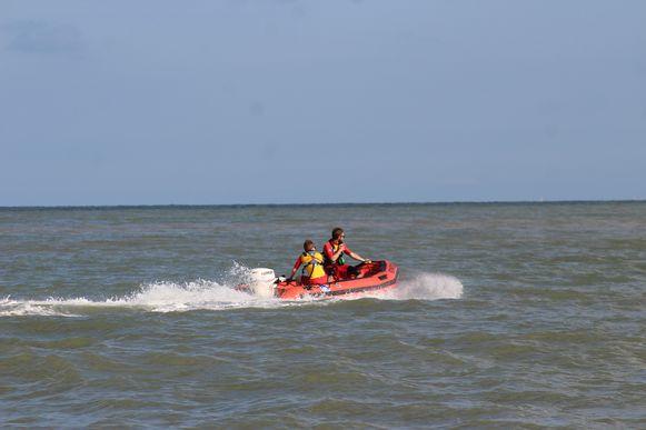 Archieffoto. Strandredders in actie tijdens een reddingsoefening in Oostende.