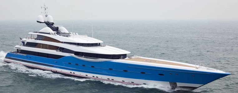 De Madame Gu (99 meter, waarde 212 miljoen dollar), gebouwd op een werf van Feadship in het Friese Makkum. Beeld Website Feadship