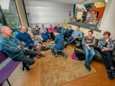 Festival in zes Naaldwijkse huiskamers bij Huiskamerfestival Westland