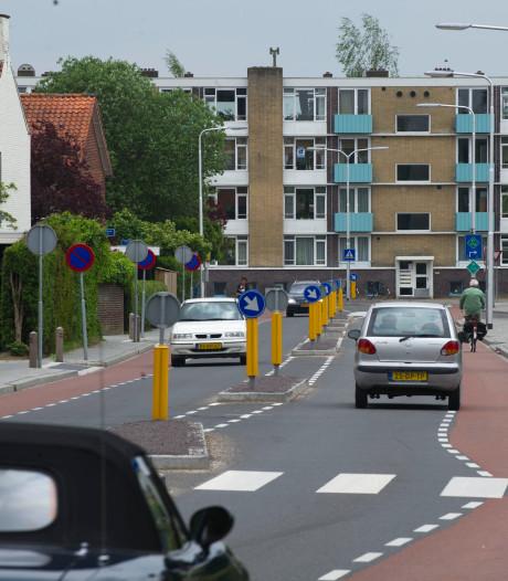 Na uitgaansoverlast straks ook meer verkeer rondom De Hofkamp in Almelo