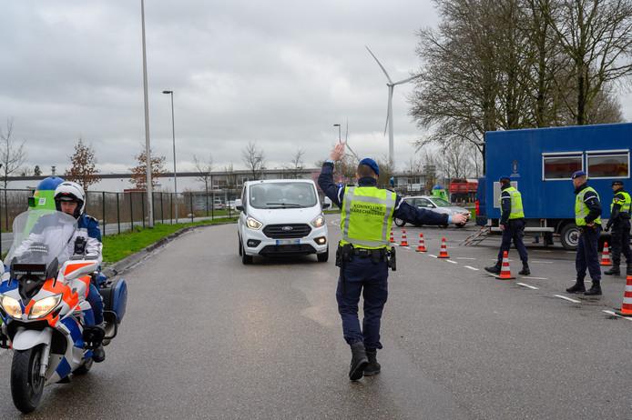Politiecontrole bij grensovergang Hazeldonk