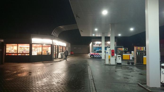 Op dinsdag  8 januari heeft er een overval plaats gevonden bij een tankstation aan de aan de Schroefstraat in Lelystad.