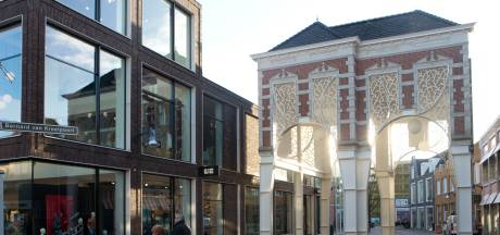 Markante gebouwen in de regio kleuren oranje om aandacht te vragen voor geweld tegen vrouwen