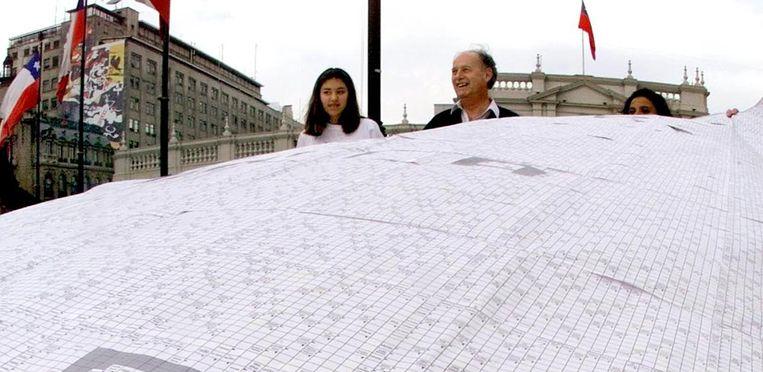 De grootste kruiswoordpuzzel ter wereld. Beeld null