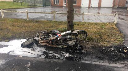 """Motorrijder moet plezierritje vroeger stoppen: """"Plots vatte de motor vuur"""""""
