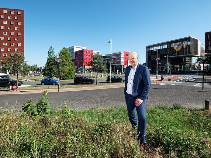 Wethouder Hans Buijtelaar op De Nieuwe Poort: ,,Dit wordt een project van vele, vele jaren, en je moet het dus ook echt zien als een investering in de toekomst van de stad.''