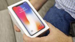 Waarom smartphones alsmaar duurder worden