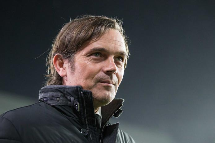 Phillip Cocu beslist mee over de benoeming van de nieuwe beloftencoach bij PSV.