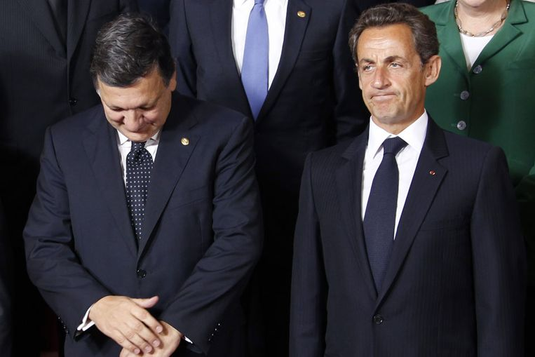 Voorzitter van de Europese Commissie Jose Manuel Barroso en de Franse president Nicolas Sarkozy (Reuters) Beeld