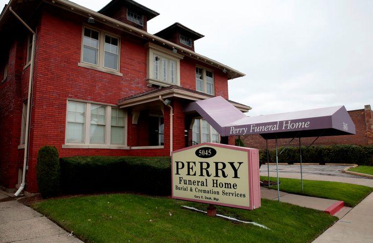 Perry Funeral Home in Detroit, waar 63 foetussen werden gevonden.