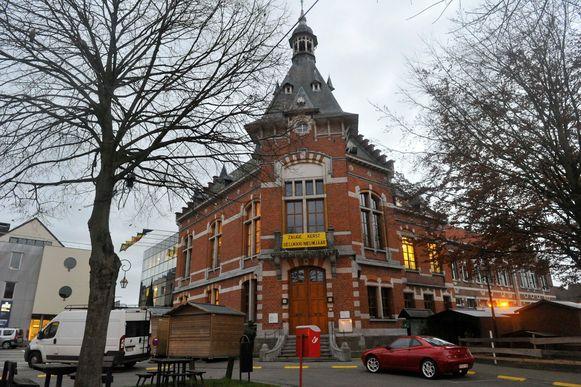 Grimbergen moet noodgedwongen een nieuw examen 'directeur basisonderwijs' uitschrijven.