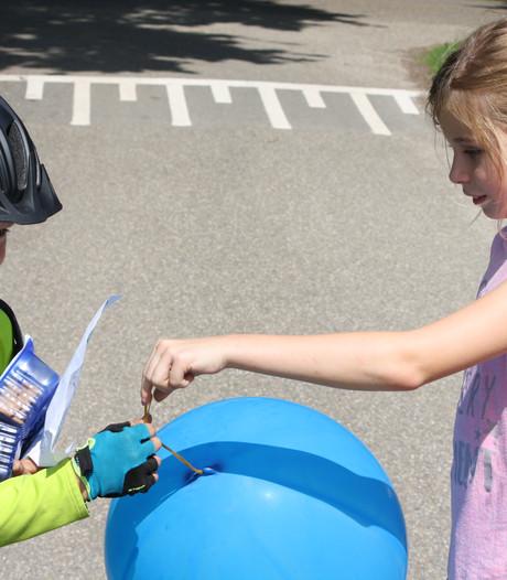 Verliefd Brabants jongetje (8) fietst 200 kilometer naar vriendinnetje in Achterhoek
