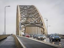 Verkeer rond Nijmeegse Waalbrug heeft in ochtendspits te maken met flinke vertraging