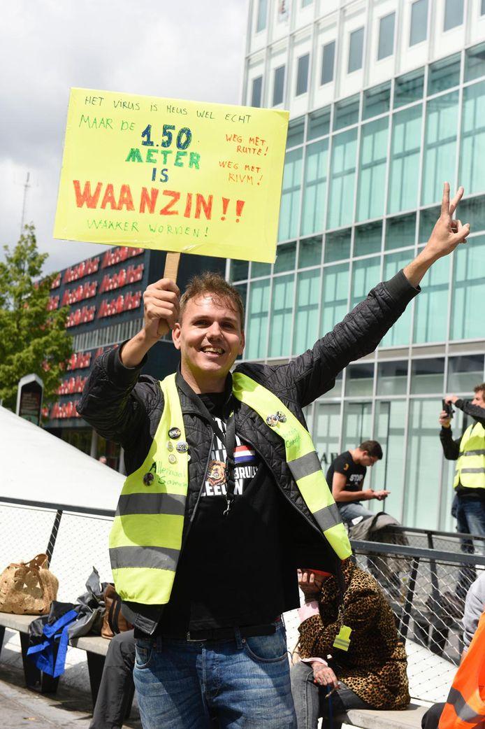 Demonstranten op het 18 Septemberplein in Eindhoven.