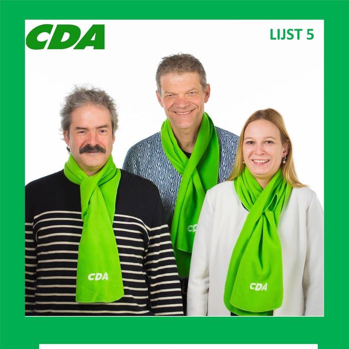 De eerste drie kandidaten op de lijst van het CDA Oisterwijk (vlnr): Rik Roemen (plaats 3), lijsttrekker Guus Mulders en Geertje Mink (plaats 2).