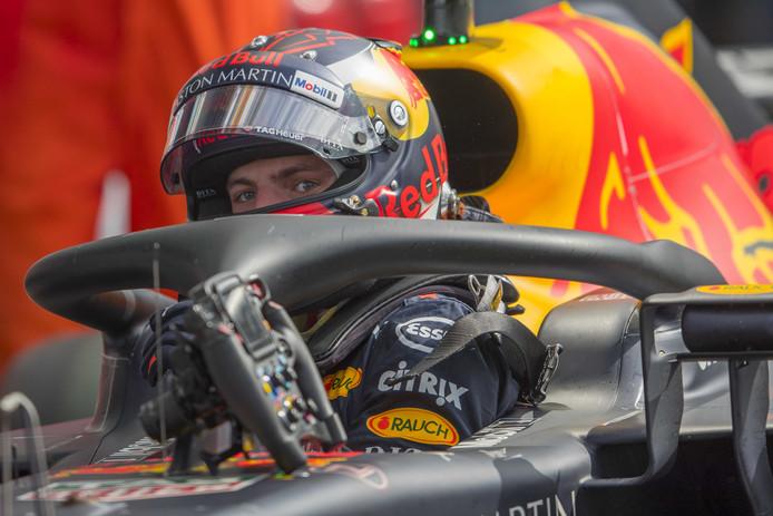 Max Verstappen tijdens de kwalificatie op het circuit van Monza tijdens de Grand Prix van Italië.