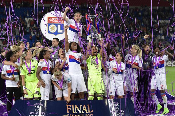 De vrouwen van Lyon wonnen vorig jaar van PSG in de finale.