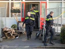 Politie helpt bij ontruimen gekraakte gymzaal in Baarn
