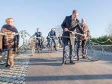 Het duurde even, maar fietsers kunnen nu veilig over de Molendijk bij Oud-Vossemeer