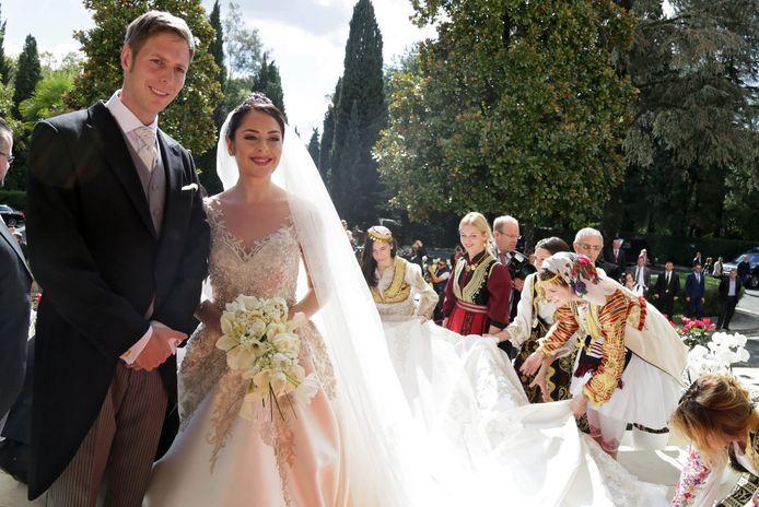 De Albanese kroonprinses Elia en haar man, kroonprins Leka II, zijn de trotse ouders van een dochtertje.