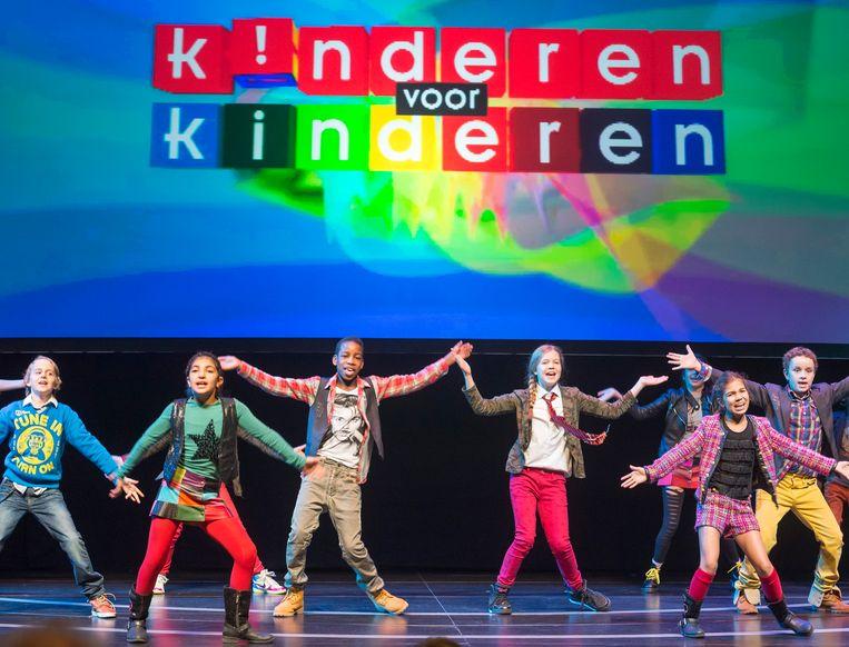 Optreden van Kinderen voor Kinderen naar aanleiding van het veertigste album 'Reis mee!'.  Beeld LEX VAN LIESHOUT