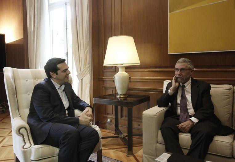 De Griekse premier Alexis Tsipras had afgelopen zaterdag in Athene een gesprek met de econoom Paul Krugman. Beeld epa